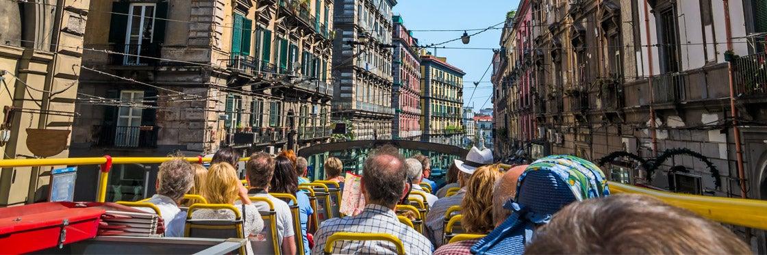 Autobús turístico de Nápoles