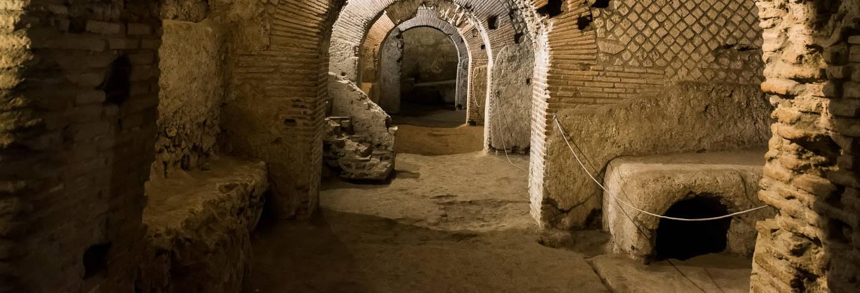 Tour por los subterráneos de la Basílica de San Lorenzo + Catedral