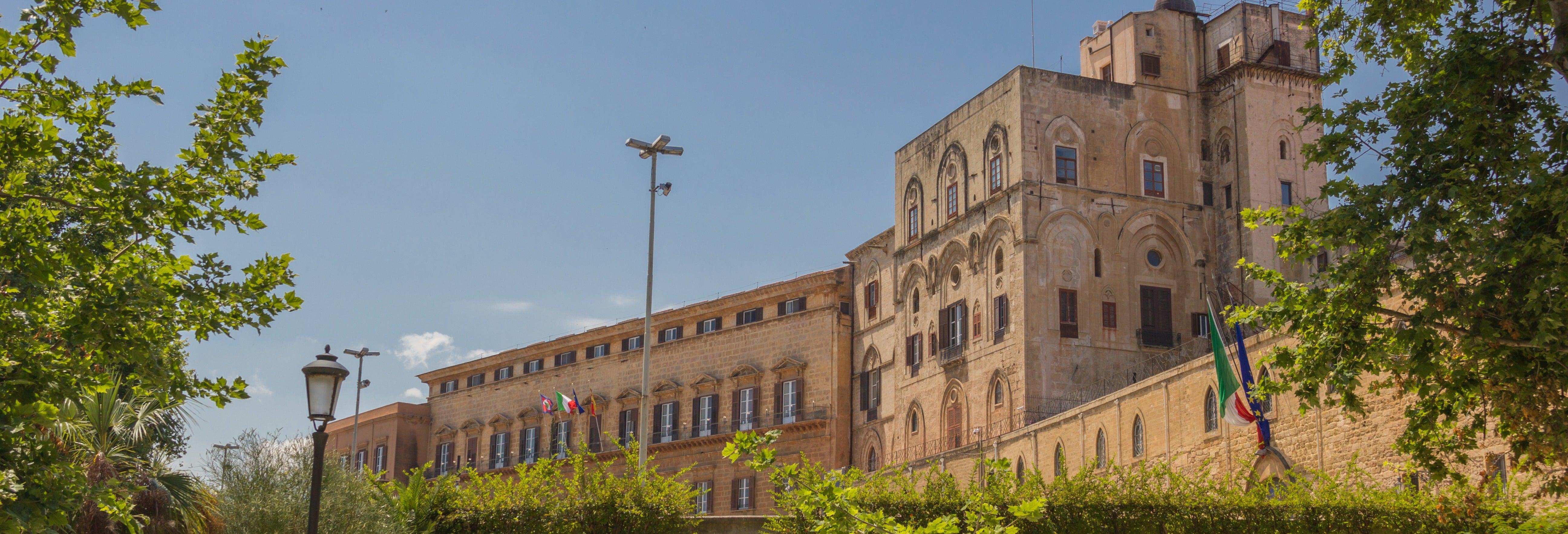 Tour por el Palacio de Normandos y la Catedral