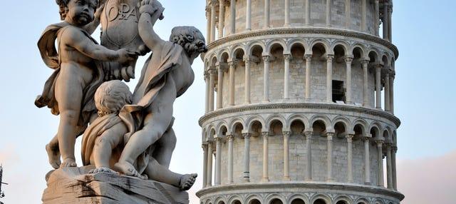 Visita guiada Catedral + Torre inclinada