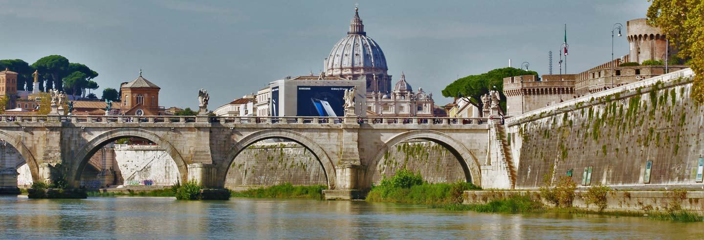 Rome Sightseeing Cruise on the Tiber River