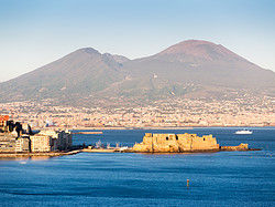,Excursion to Naples,Excursión a Nápoles