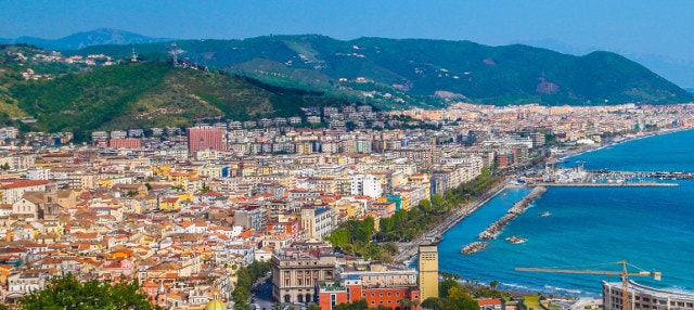 Tour privado por Salerno con guía en español