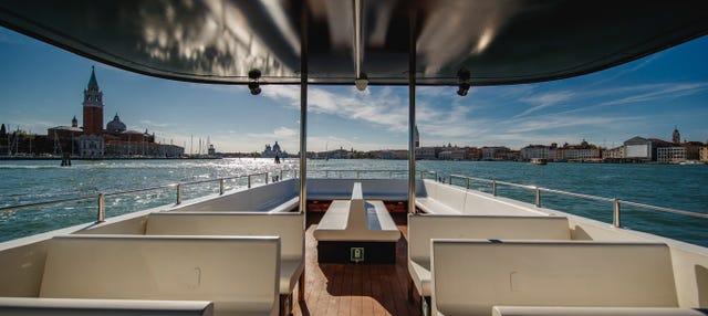 Battello turistico di Venezia