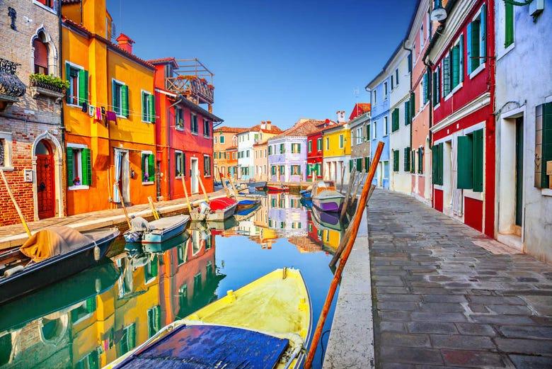 Murano To Burano.Trip To Burano Murano And Torcello