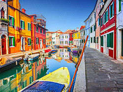 Canal in Burano and its coloured houses