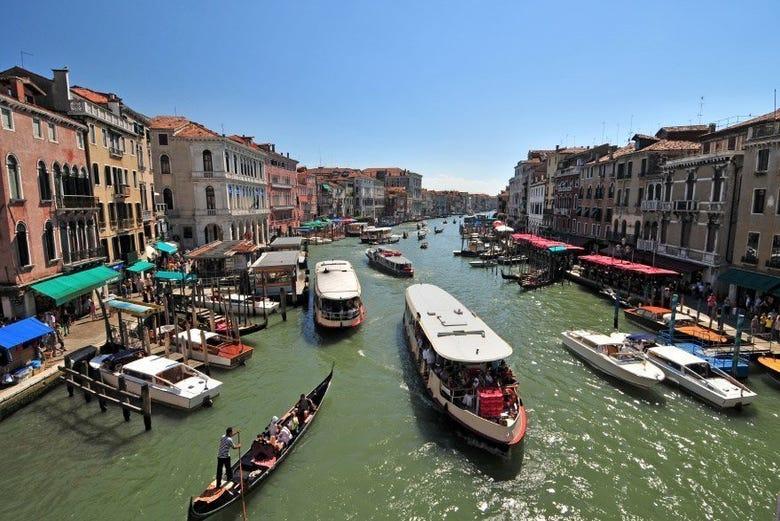 Tessera del trasporto per muoversi a venezia e nelle isole for Vaporetto portatile migliore
