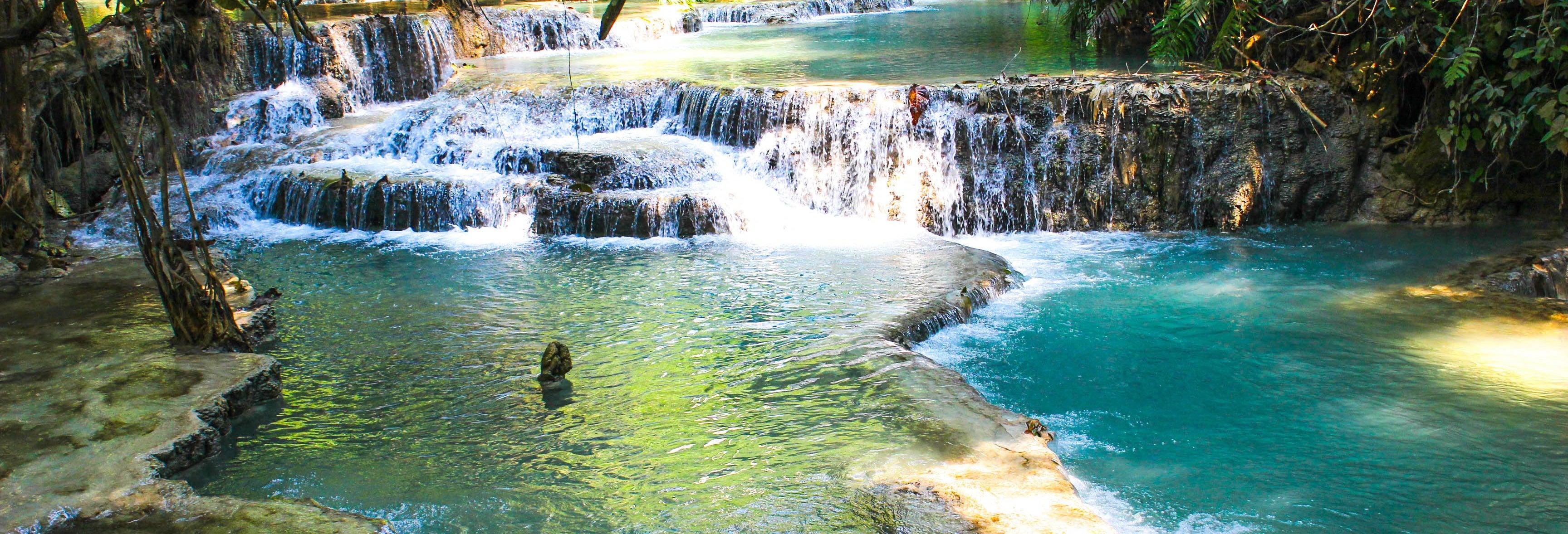 Excursão às cataratas Kuang Si por conta própria