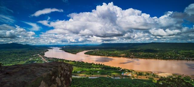 Crucero al atardecer por el río Mekong