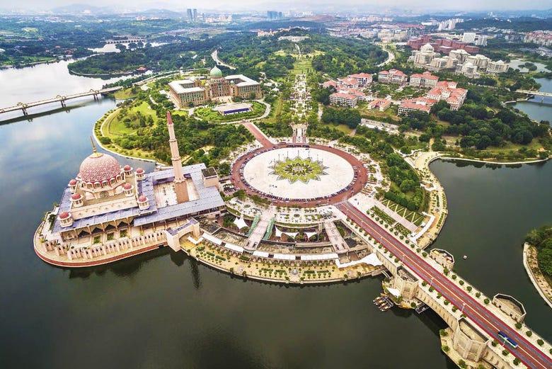 ,Excursión a Putrajaya