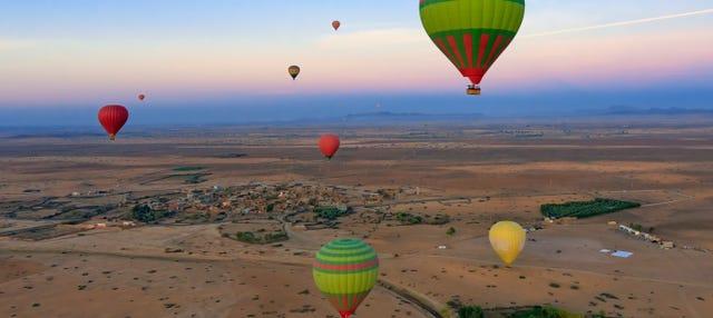 Passeio de balão pelo norte de Marrakech