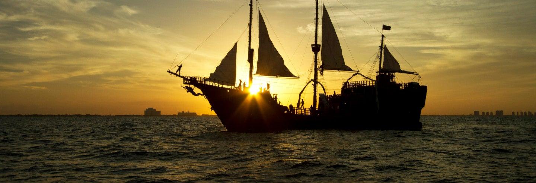 Crucero y cena en barco pirata