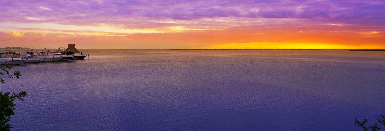 Dîner-croisière sur un galion au coucher de soleil