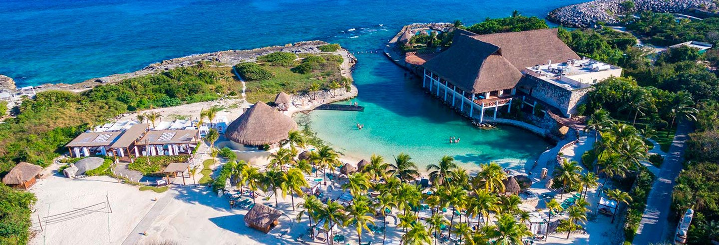 Chichén Itzá and Xcaret 2 Day Combo Tour