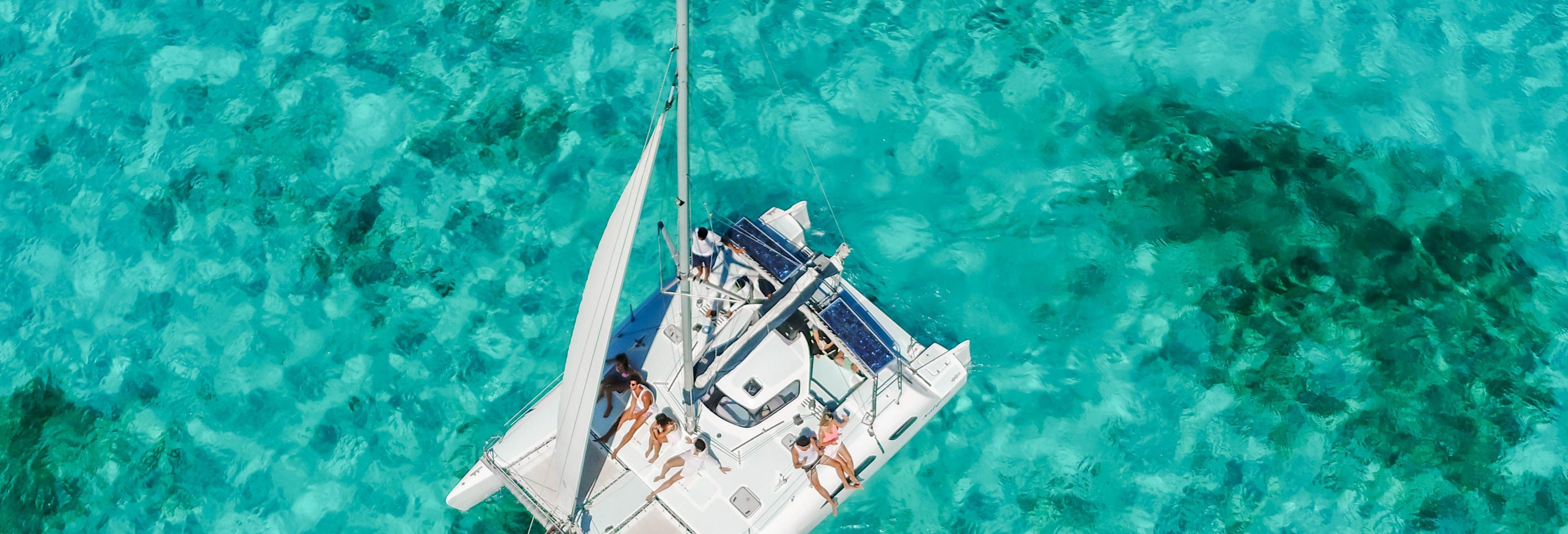 Excursión privada a Isla Mujeres en barco