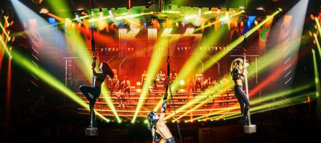 Fiesta en la discoteca Coco Bongo