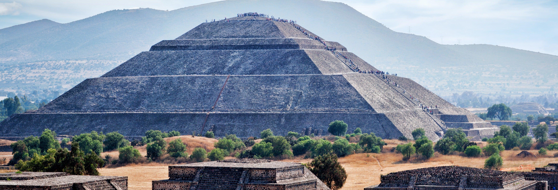 Teotihuacán Pyramids Sunrise Tour