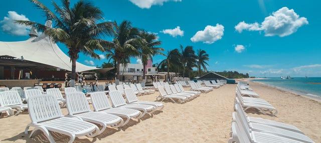 Excursão a uma praia privada + Snorkel