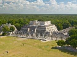 ,Excursión a Chichén Itzá,Excursión a Xcaret,Con visita a Xcaret
