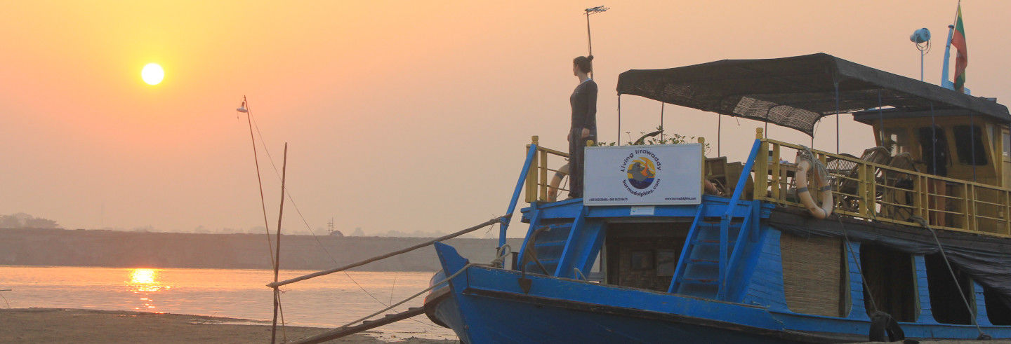 Irrawaddy River Cruise: 2 or 3 Days from Mandalay