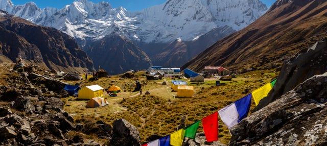Trekking hasta el campamento base del Annapurna en 15 días