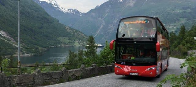 Autobús turístico de Geiranger
