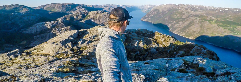 Senderismo por Preikestolen + Paseo en barco por los fiordos