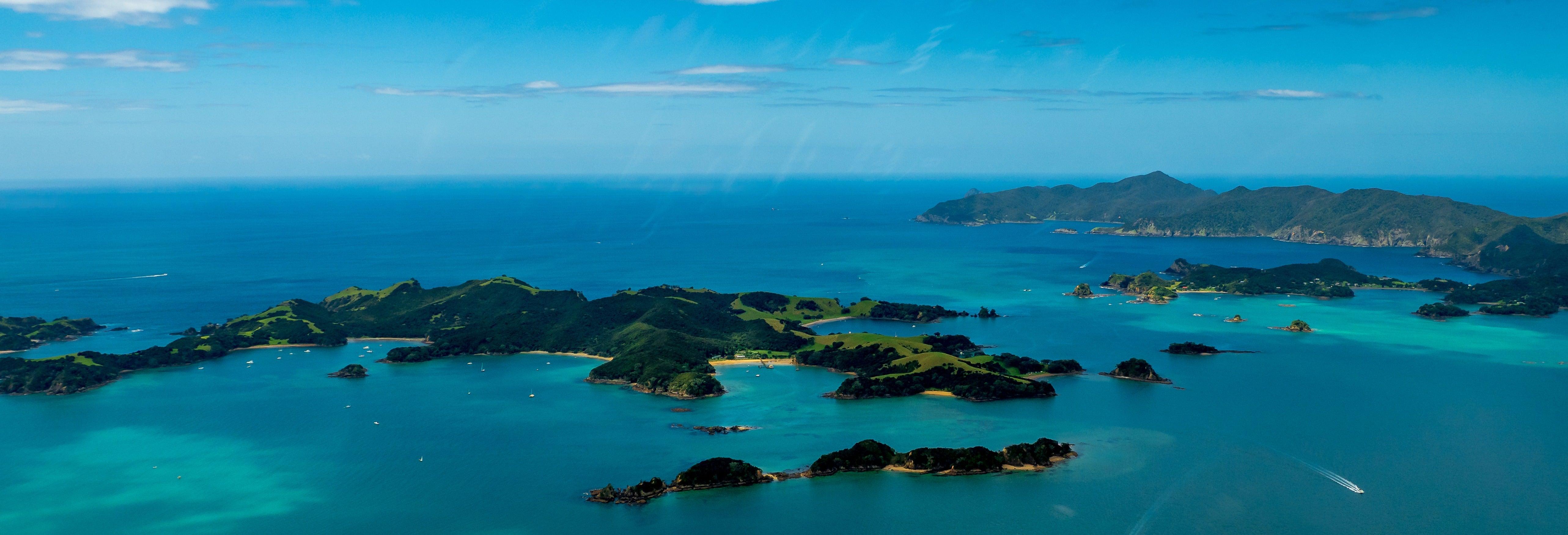 Tour de catamarã pela Baía das Ilhas