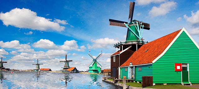 Windmills Tour: Zaanse Schans, Volendam and Edam