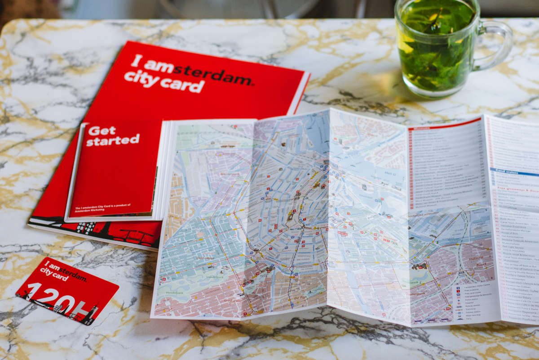 Cartina di Amsterdam e tessera turistica