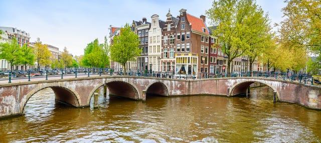Paseo en barco por los canales