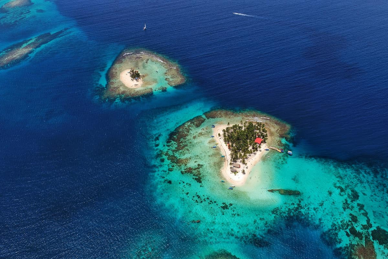 El archipiélago de San Blas visto desde el aire