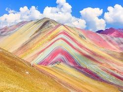 ,Excursión a Montaña Arcoíris,Excursión de 1 día