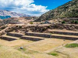 ,Excursión a Tipón,Excursión a Pikillacta,Excursión a Andahuaylillas,Excursión a Tipón, Pikillacta y Andahuaylillas