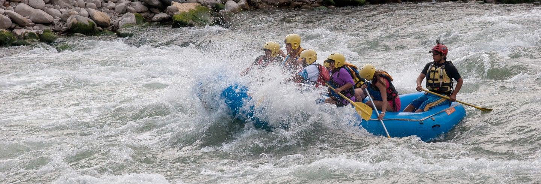 Rafting en Chuquicahuana y tirolina sobre el Valle del Sur