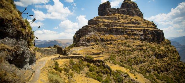 Itinerario di trekking di 2 giorni a Waqrapukara