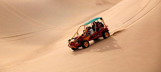 Tour en buggy por el desierto de Huacachina