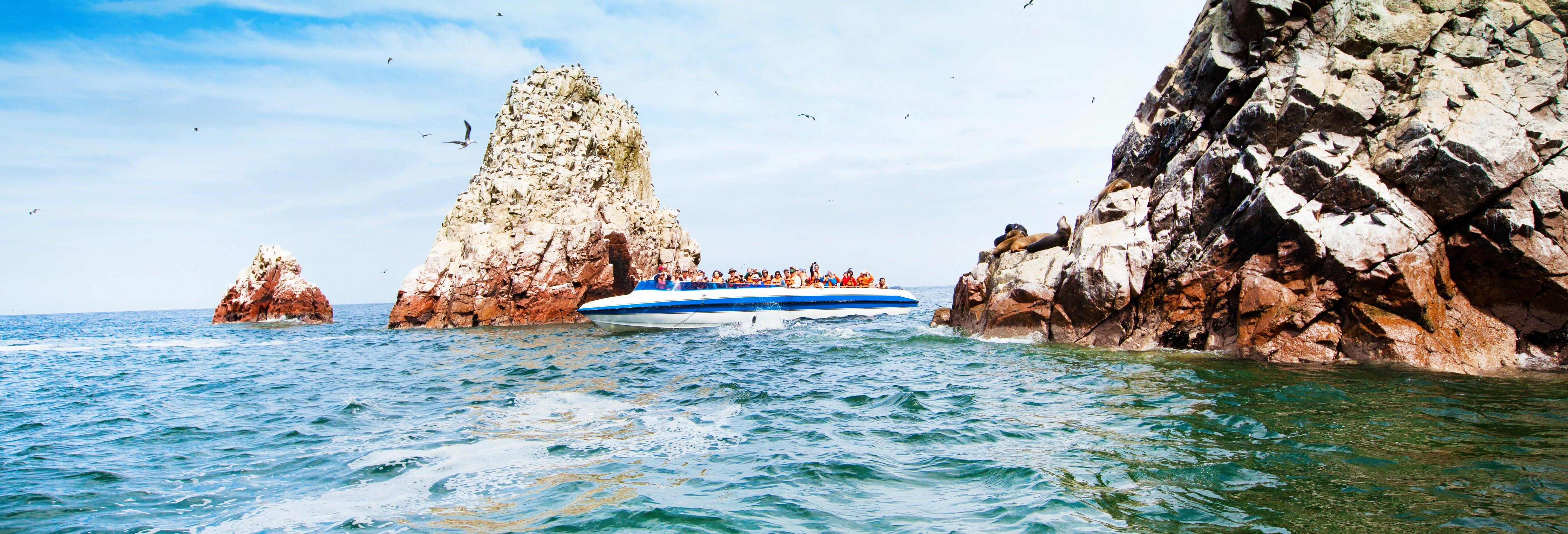 Balade en vedette ou en yacht dans la baie de Paracas