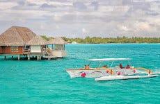 Crociera a Bora Bora in canoa polinesiana