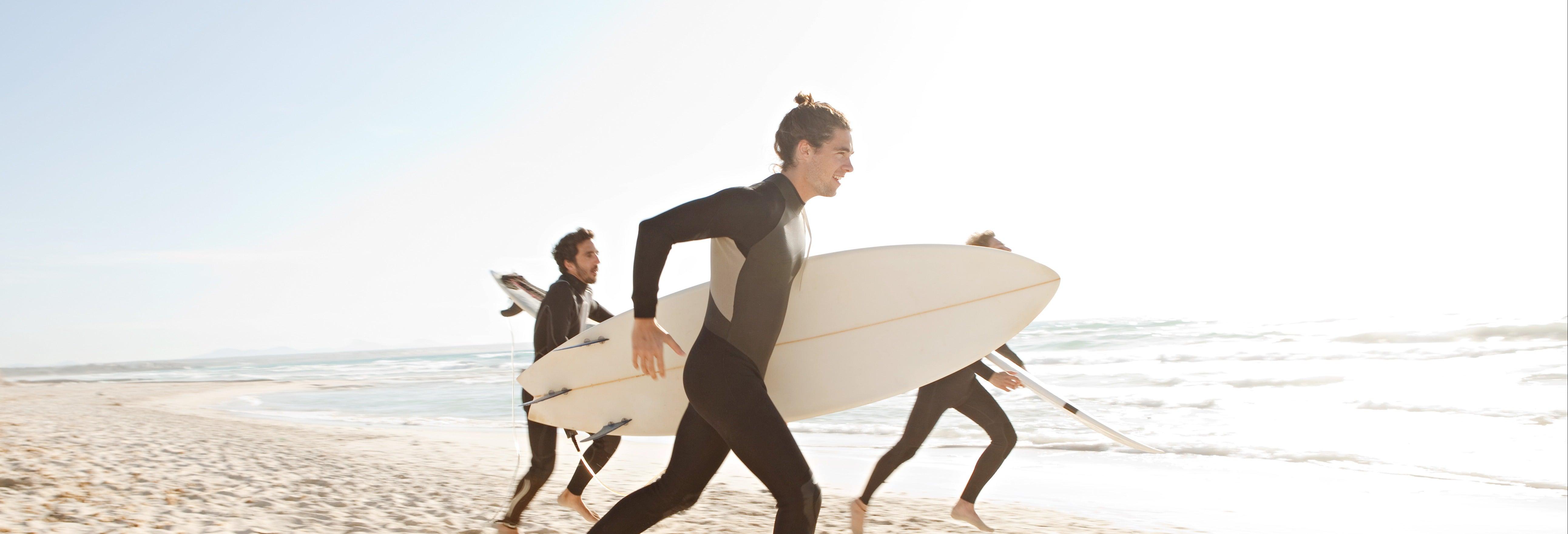 Curso de surfe na Praia da Galé