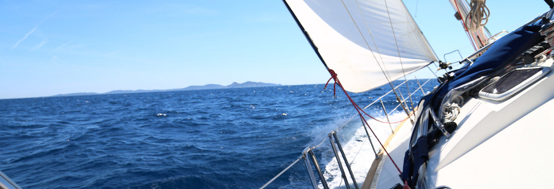 Paseo en catamarán por la costa del Algarve