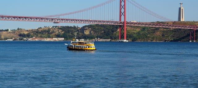 Bateau touristique de Lisbonne