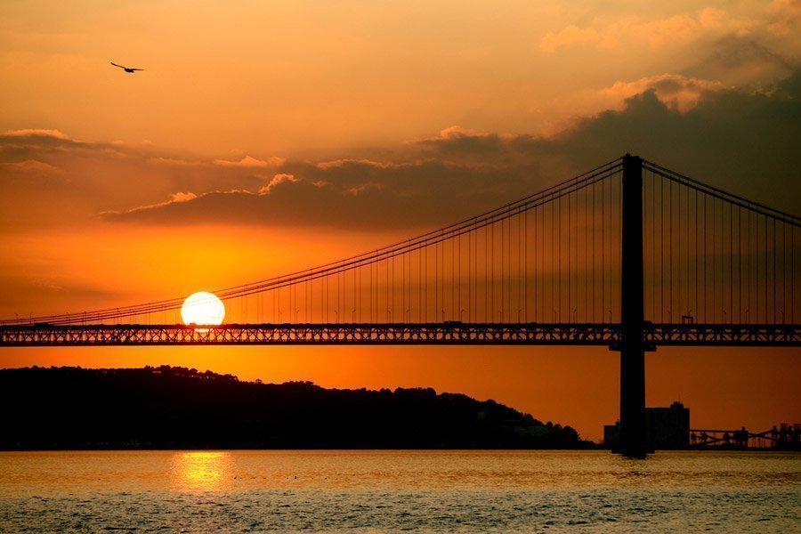 Sunset Cruise Along the Tagus River in Lisboa f488a2a74f1