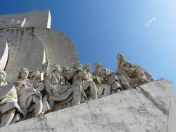 Trouvez le nom et le pays de ce monument ou ce lieu - Monumento-descubrimientos