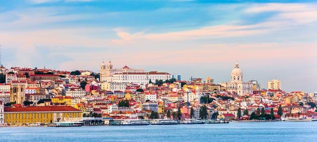 Paseo en barco tradicional por Lisboa