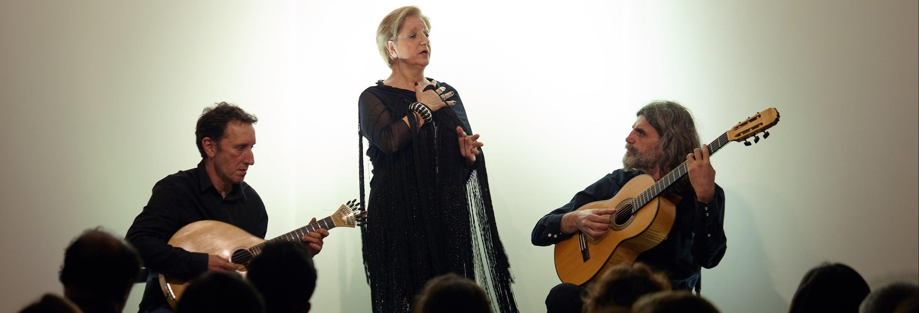 Espetáculo de fado na Casa da Guitarra