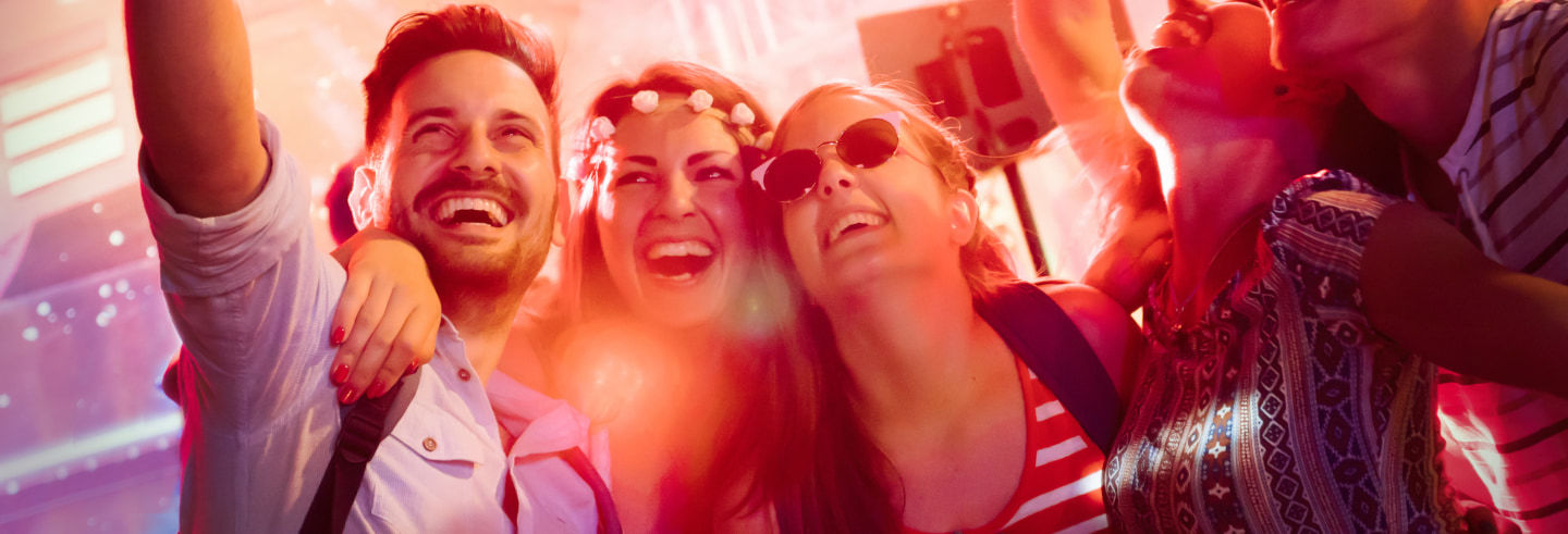 Pub crawl ¡Tour de fiesta por Oporto!