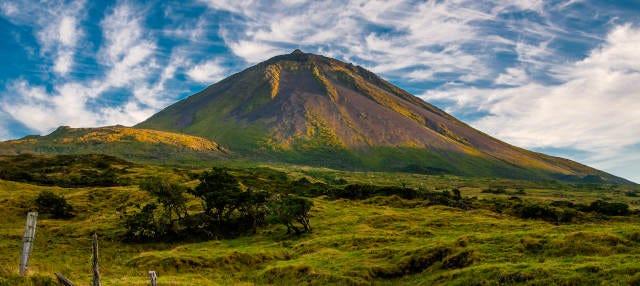 Senderismo por el volcán del Pico
