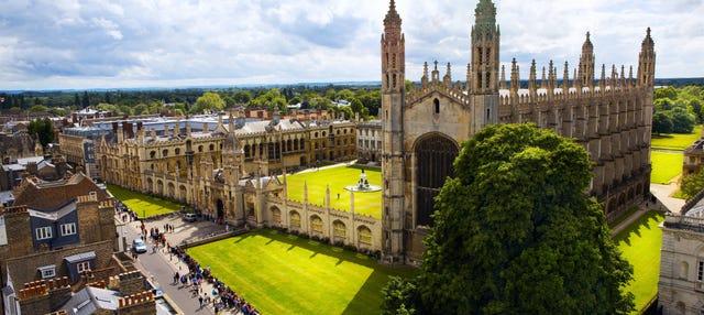 Tour privado por Cambridge con guía en español