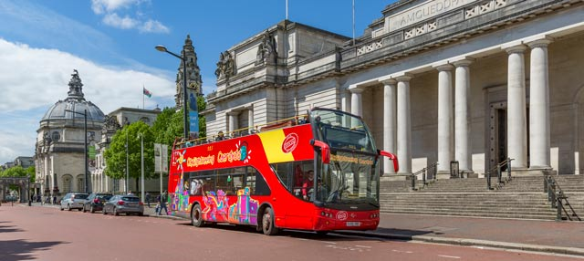 Autobús turístico de Cardiff